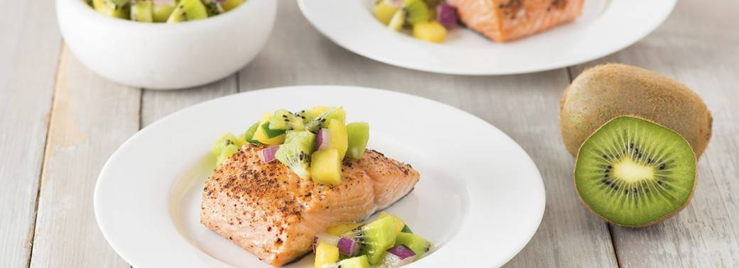 Oven-Roasted Salmon with Mighties™ Kiwi Salsa